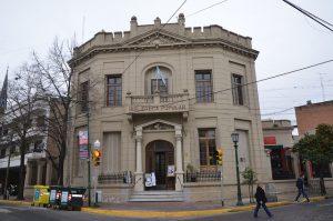 Biblioteca frente